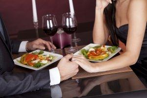 Stelletje diner in restaurant